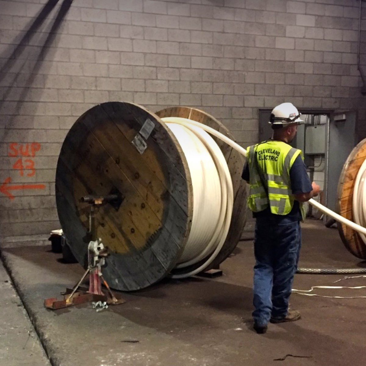 Conduit installation in confined spaces